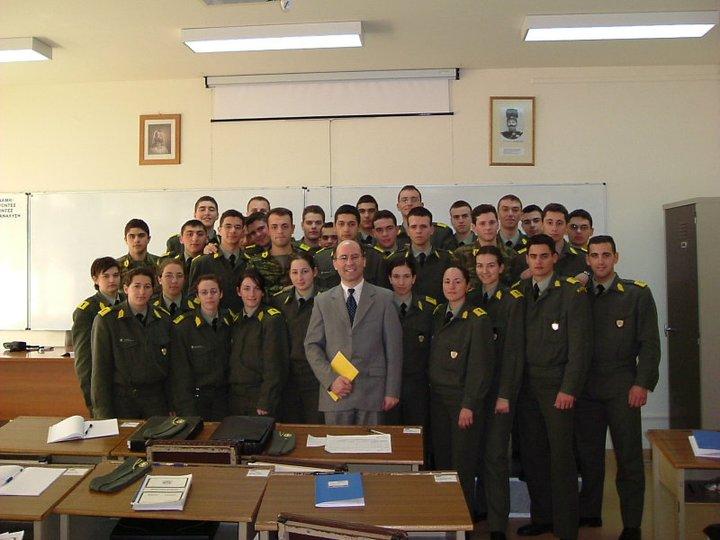 Στρατιωτική Σχολή Ευελπίδων Κορίτσια